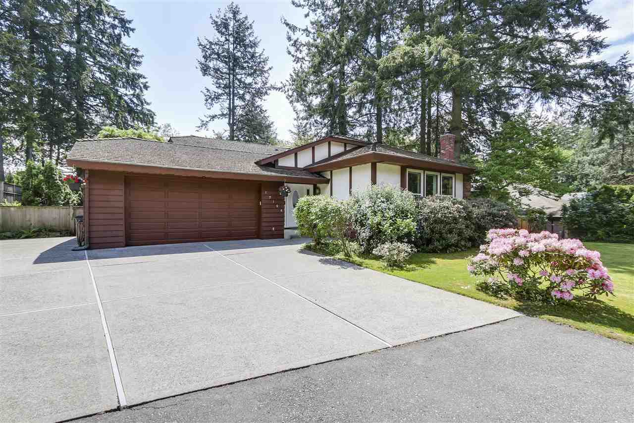 Main Photo: 12104 57A Avenue in Surrey: Panorama Ridge House for sale : MLS®# R2270929