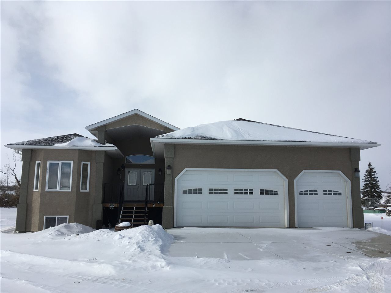 Main Photo: 260033 TWP Rd 460: Rural Wetaskiwin County House for sale : MLS®# E4132445
