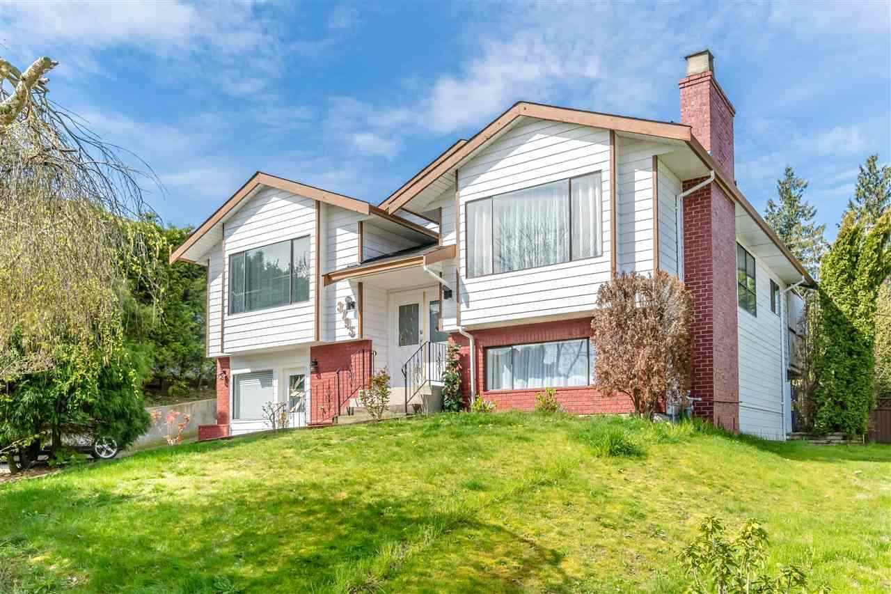 Main Photo: 3795 CHADSEY Crescent in Abbotsford: Central Abbotsford House for sale : MLS®# R2362934