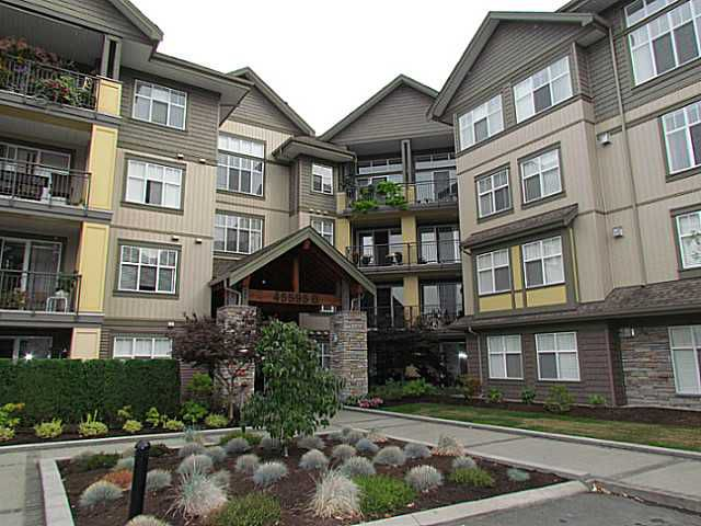 "Main Photo: 405B 45595 TAMIHI Way in Sardis: Vedder S Watson-Promontory Condo for sale in ""THE HARTFORD"" : MLS®# H1400585"