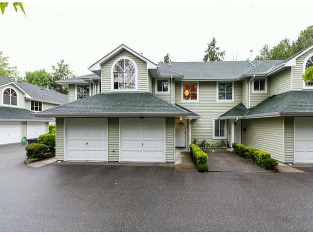 "Main Photo: 203 15439 100 Avenue in Surrey: Guildford Townhouse for sale in ""Plumtree Lane"" (North Surrey)  : MLS®# F1404844"