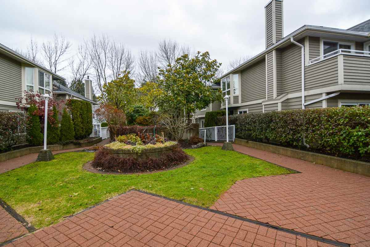 "Main Photo: 13 849 TOBRUCK Avenue in North Vancouver: Hamilton Townhouse for sale in ""Garden Terrace"" : MLS®# R2018127"