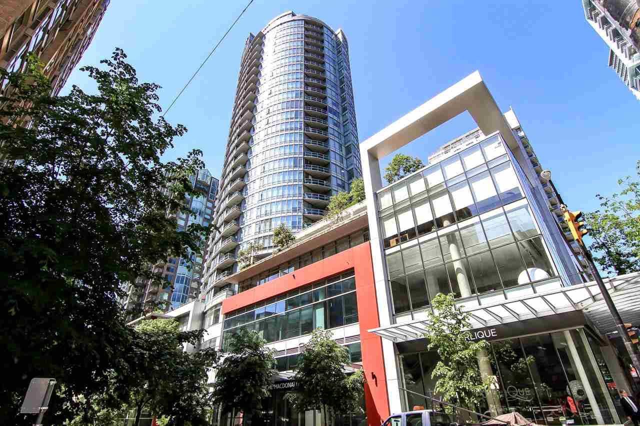 "Main Photo: 1907 833 HOMER Street in Vancouver: Downtown VW Condo for sale in ""ATELIER"" (Vancouver West)  : MLS®# R2067914"