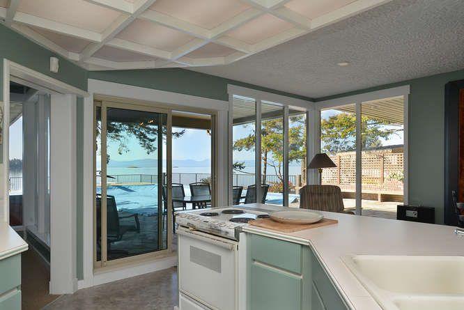 Photo 12: Photos: 6751 SEAVIEW Lane in Sechelt: Sechelt District House for sale (Sunshine Coast)  : MLS®# R2069845