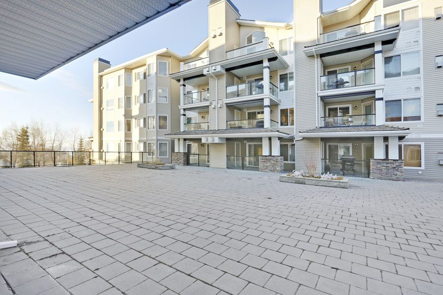 Main Photo: 121 345 Rocky Vista Park NW in Pavilions: Lowrise Apartment for sale : MLS®# C3651078