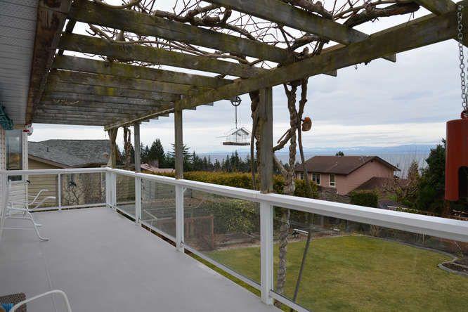 Photo 5: Photos: 4945 ARBUTUS Road in Sechelt: Sechelt District House for sale (Sunshine Coast)  : MLS®# R2135958
