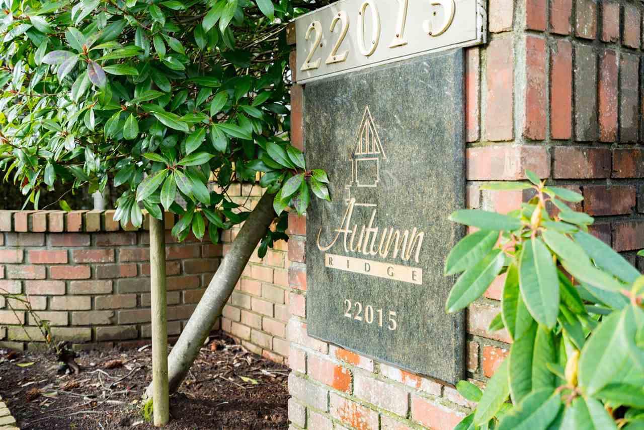 "Main Photo: 112 22015 48 Avenue in Langley: Murrayville Condo for sale in ""Autumn Ridge"" : MLS®# R2137165"