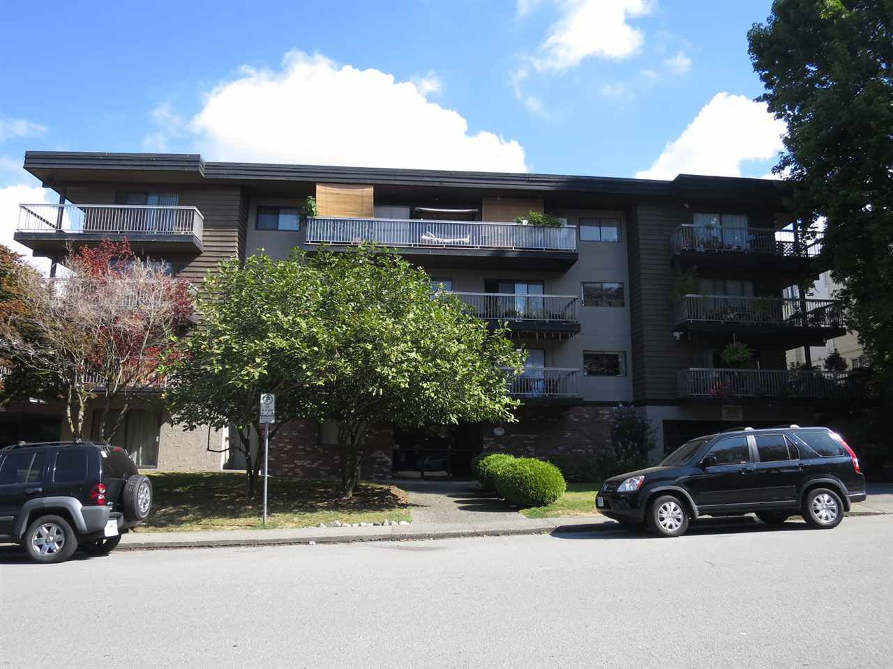 Main Photo: 102 330 W 2 STREET in North Vancouver: Lower Lonsdale Condo for sale : MLS®# R2206253