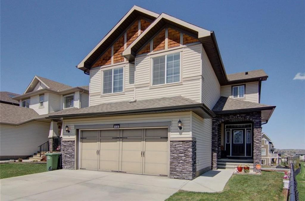 Main Photo: 466 CIMARRON Boulevard: Okotoks House for sale : MLS®# C4162139