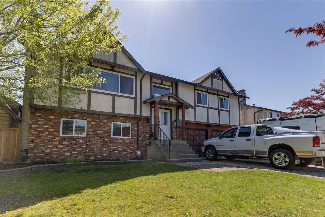 Main Photo: 19860 114B Avenue in Pitt Meadows: South Meadows House for sale : MLS®# R2262524