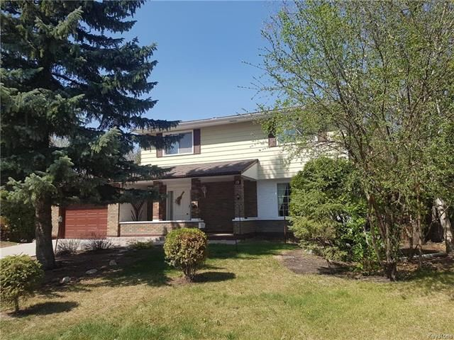 Main Photo: 19 Tracy Crescent in Winnipeg: Residential for sale (2C)  : MLS®# 1812603
