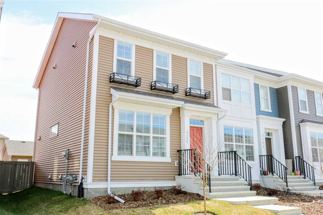 Main Photo: 2125 24 Street in Edmonton: Zone 30 Attached Home for sale : MLS®# E4123673