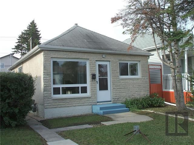 Main Photo: 268 Forrest Street in Winnipeg: West Kildonan Residential for sale (4D)  : MLS®# 1824737