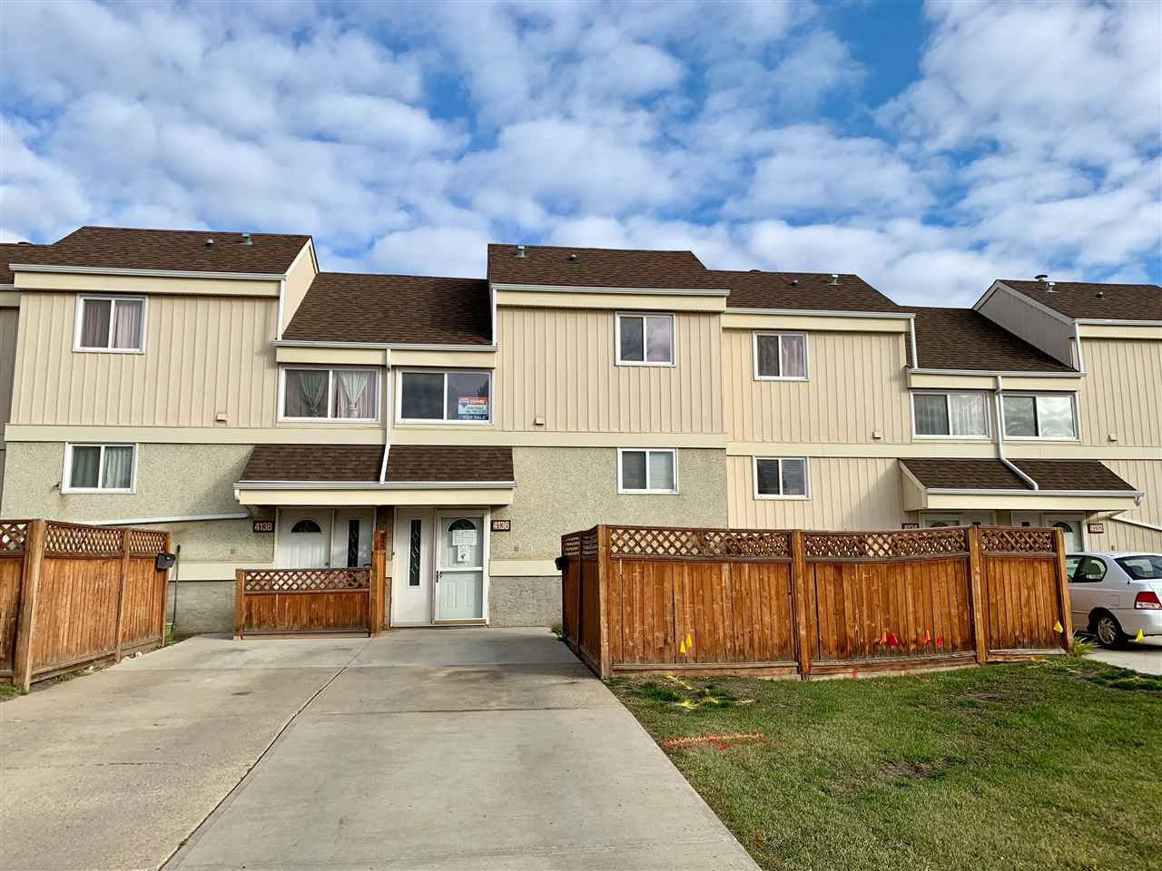 Main Photo:  in Edmonton: Zone 35 Townhouse for sale : MLS®# E4131482
