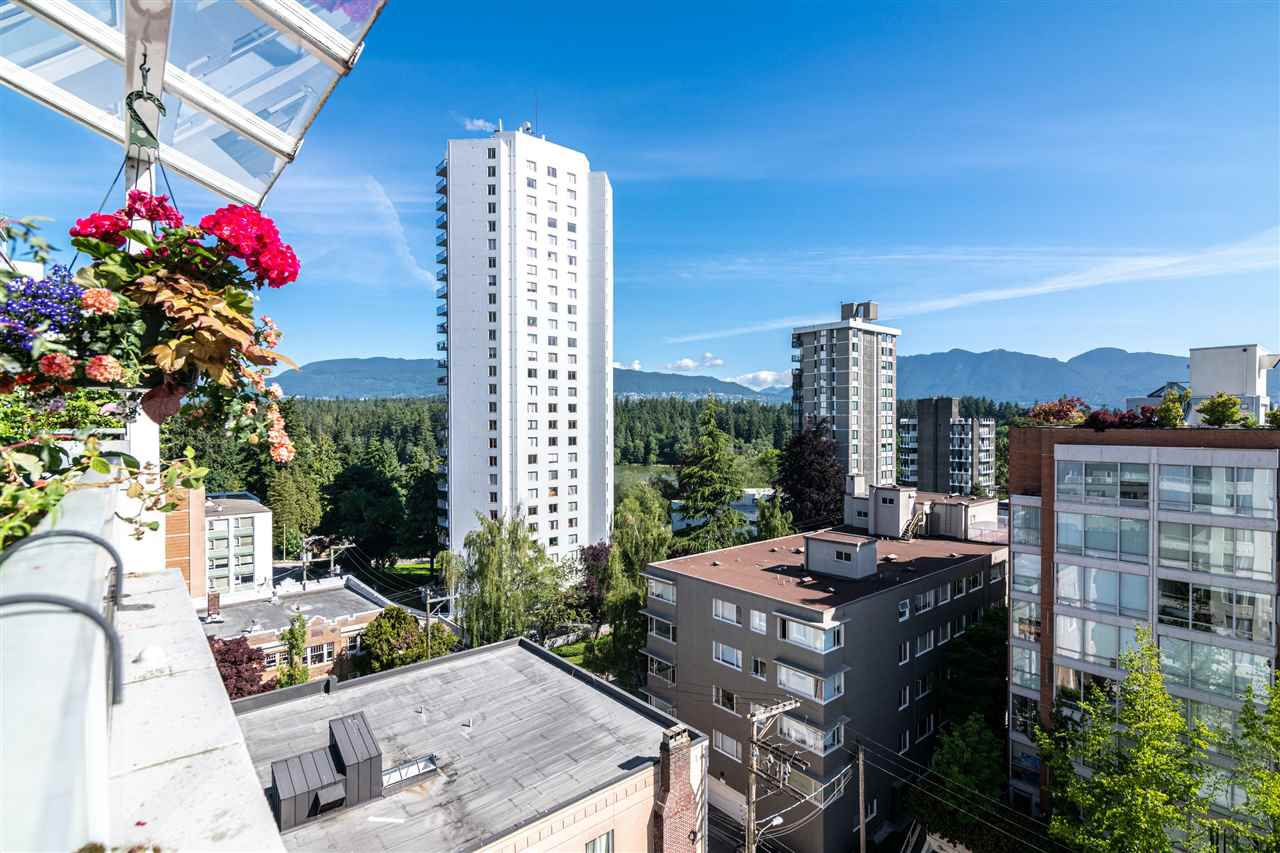 "Main Photo: 1001 1967 BARCLAY Street in Vancouver: West End VW Condo for sale in ""THE PALASADES"" (Vancouver West)  : MLS®# R2375219"