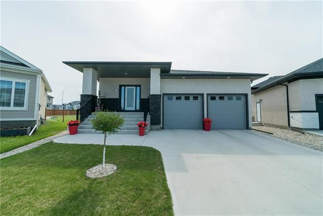 Main Photo: 150 Red Spruce Road in Winnipeg: Bridgwater Lakes Residential for sale (1R)  : MLS®# 1916844