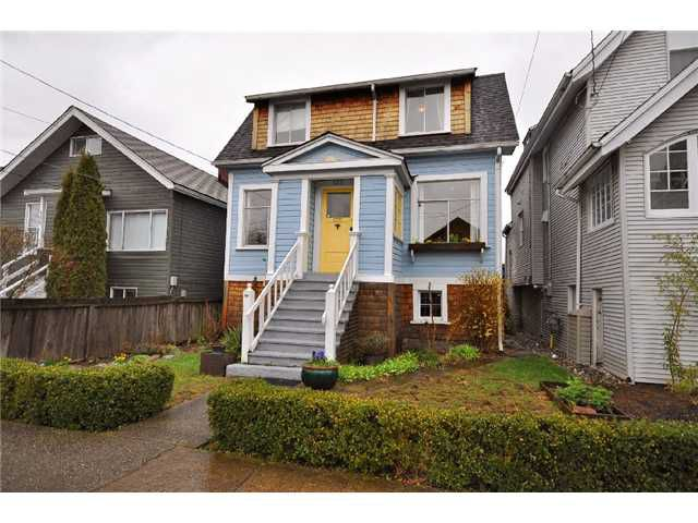 """Main Photo: 133 E 26TH Avenue in Vancouver: Main House for sale in """"Main Street Area"""" (Vancouver East)  : MLS®# V877500"""