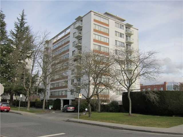 "Main Photo: 206 6076 TISDALL Street in Vancouver: Oakridge VW Condo for sale in ""MANSION HOUSE"" (Vancouver West)  : MLS®# V1048989"