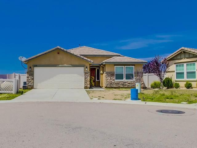 Main Photo: CAMPO House for sale : 3 bedrooms : 1370 Buckwheat Trail