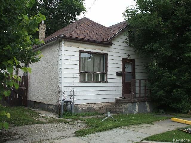 Main Photo: 367 Magnus Avenue in WINNIPEG: North End Residential for sale (North West Winnipeg)  : MLS®# 1519816