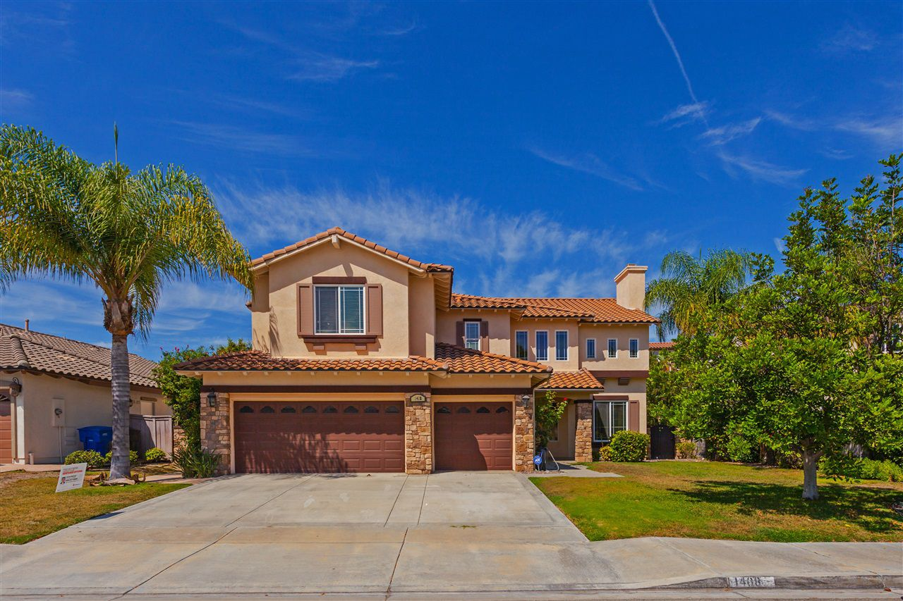 Main Photo: CHULA VISTA House for sale : 5 bedrooms : 1408 S Creekside