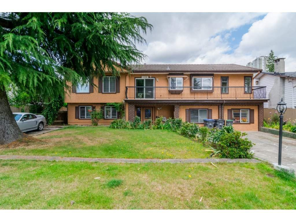 """Main Photo: 13281 100 Avenue in Surrey: Whalley House for sale in """"Surrey Central"""" (North Surrey)  : MLS®# R2117788"""
