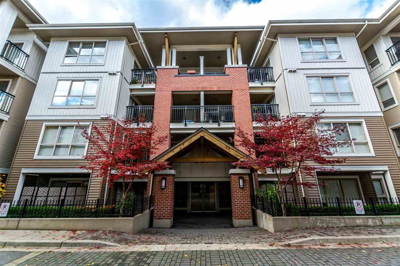 "Main Photo: C302 8929 202 Street in Langley: Walnut Grove Condo for sale in ""GROVE"" : MLS®# R2122086"