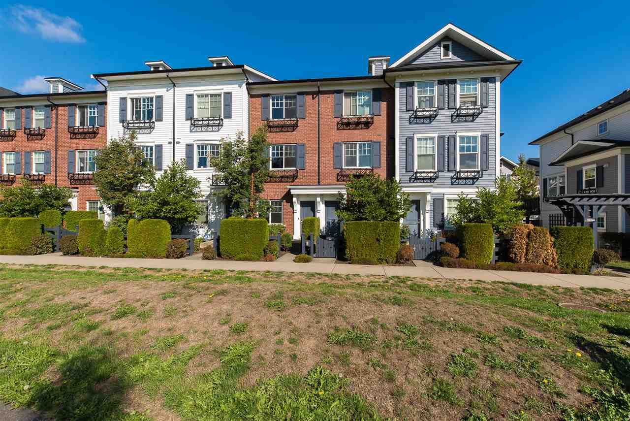 """Main Photo: 6 7348 192A Street in Surrey: Clayton Townhouse for sale in """"KNOLL"""" (Cloverdale)  : MLS®# R2210174"""