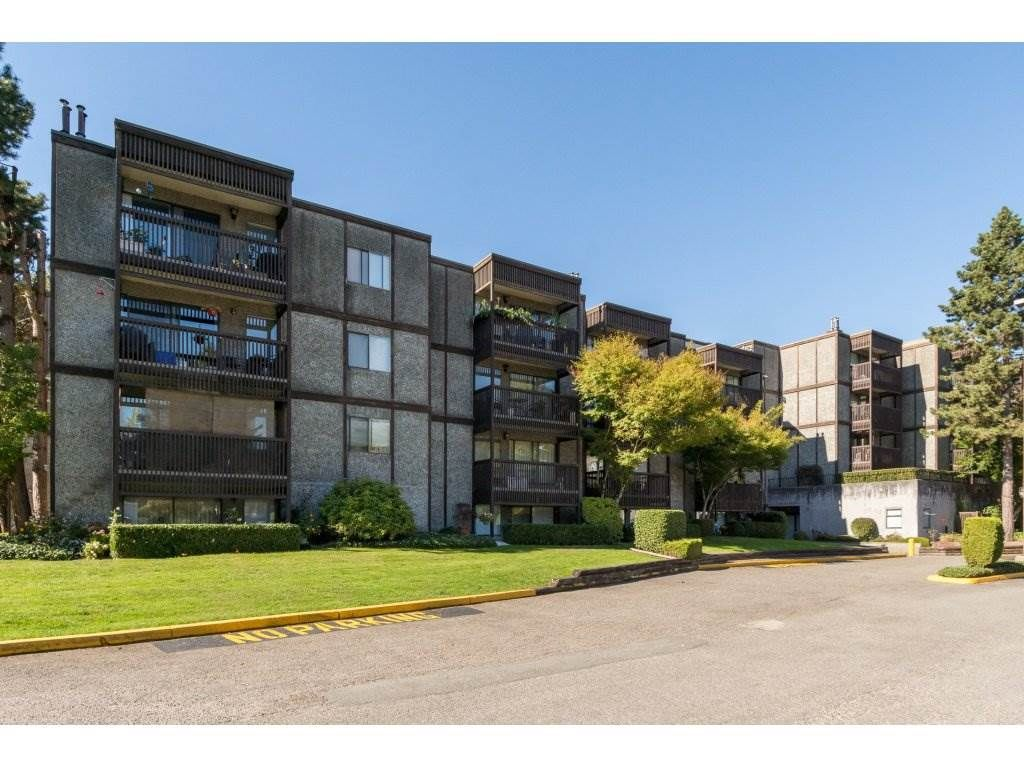 """Main Photo: 110 13501 96 Avenue in Surrey: Whalley Condo for sale in """"PARKWOODS"""" (North Surrey)  : MLS®# R2210899"""