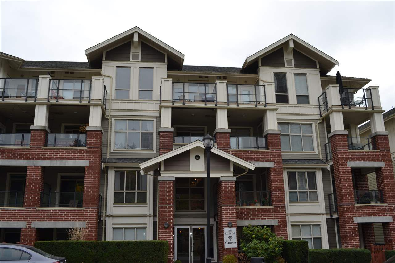 Main Photo: 109 285 ROSS DRIVE in New Westminster: Fraserview NW Condo for sale : MLS®# R2217113