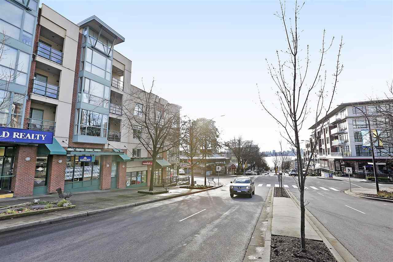 "Main Photo: 404 212 LONSDALE Avenue in North Vancouver: Lower Lonsdale Condo for sale in ""TWO ONE TWO"" : MLS®# R2326172"
