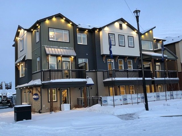 Main Photo: 46 16903 68 Street in Edmonton: Zone 28 Townhouse for sale : MLS®# E4143387