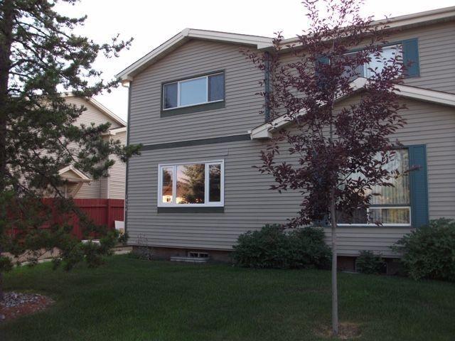 Main Photo: 1324 39 Street in Edmonton: Zone 29 House Half Duplex for sale : MLS®# E4158957