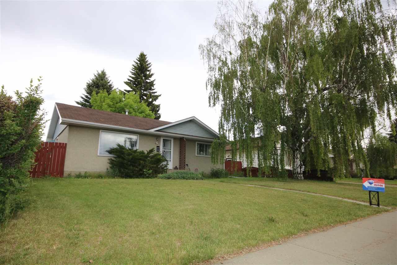 Main Photo: 4216 105B Avenue in Edmonton: Zone 19 House for sale : MLS®# E4160435