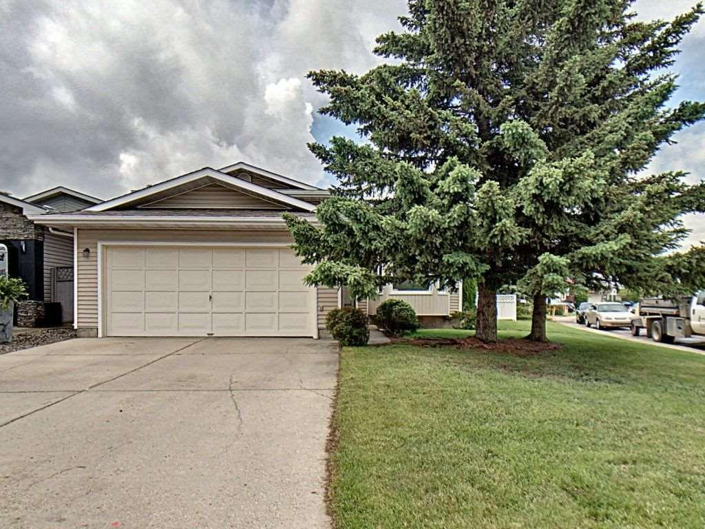 Main Photo: 236 Lago Lindo Crescent in Edmonton: Zone 28 House for sale : MLS®# E4162379