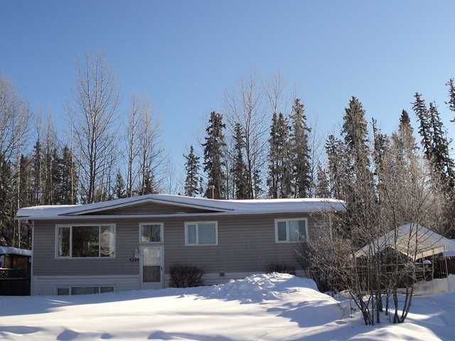 """Main Photo: 5220 TAMARACK Crescent in Fort Nelson: Fort Nelson -Town House for sale in """"EAST SUB"""" (Fort Nelson (Zone 64))  : MLS®# N207352"""