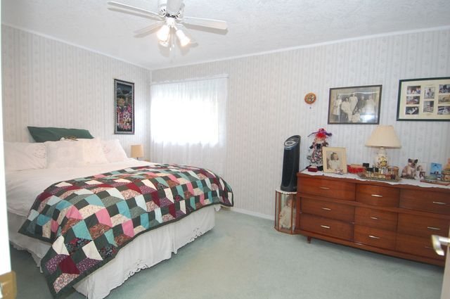 Photo 23: Photos: 6820 FIRST STREET in HONEYMOON BAY: House for sale : MLS®# 335356