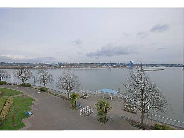 Main Photo: 409 12 K de K Court in New Westminster: Quay Condo for sale : MLS®# V939270