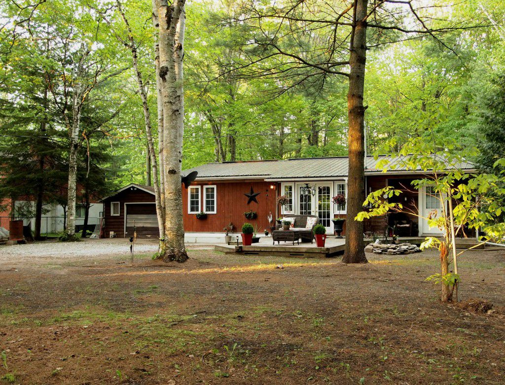Main Photo: 84 Stanley Road: Woodville Freehold for sale (Kawartha Lakes)  : MLS®# X2648937