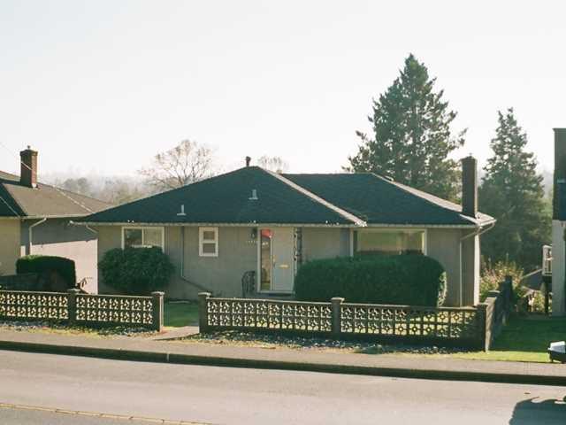 Main Photo: 6336 BROADWAY AV in Burnaby: Parkcrest House for sale (Burnaby North)  : MLS®# V1033494