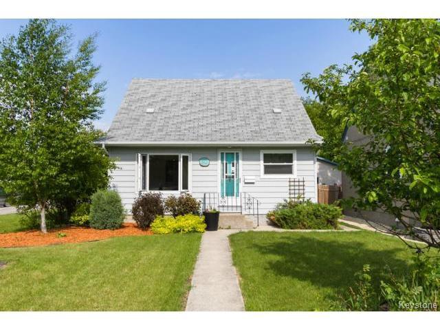 Main Photo: 90 Bristol Avenue in WINNIPEG: St Boniface Residential for sale (South East Winnipeg)  : MLS®# 1516094