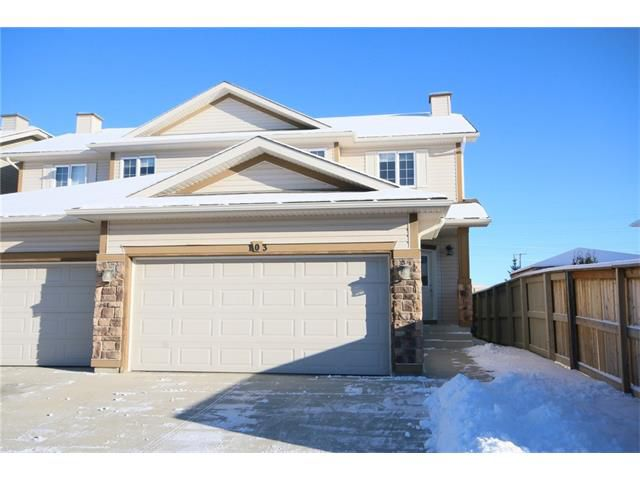 Main Photo: 103 WEST POINTE Court: Cochrane House for sale : MLS®# C4042878