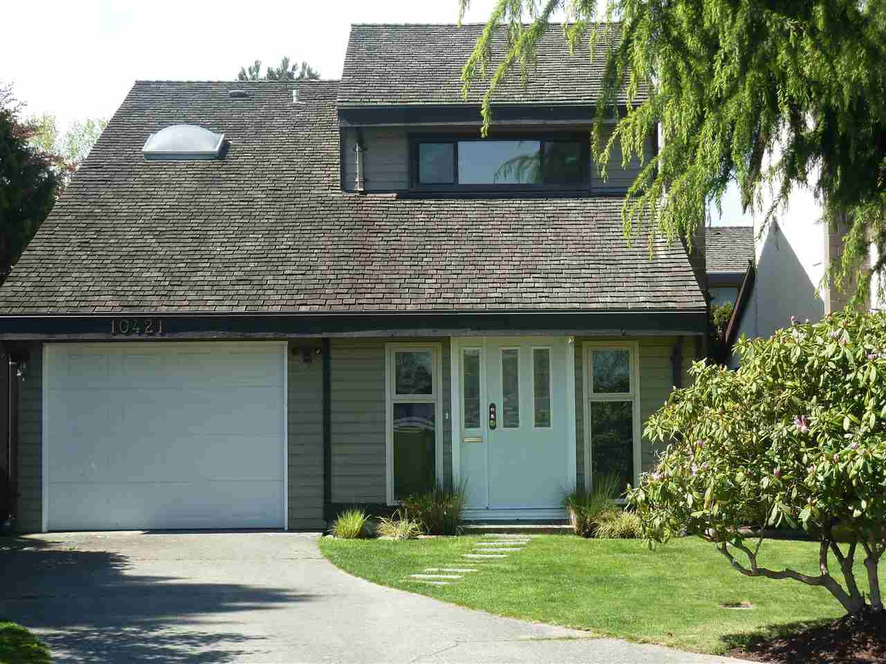 "Main Photo: 10421 HOLLYBANK Drive in Richmond: Steveston North House for sale in ""Hollypark"" : MLS®# R2059991"