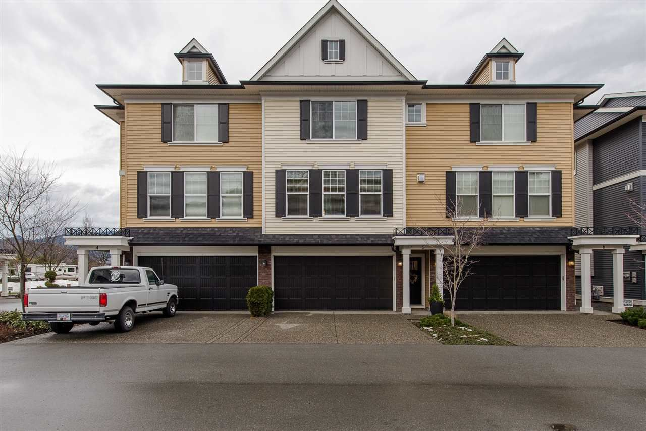 "Main Photo: 5 1640 MACKAY Crescent: Agassiz Townhouse for sale in ""The Langtry"" : MLS®# R2233070"