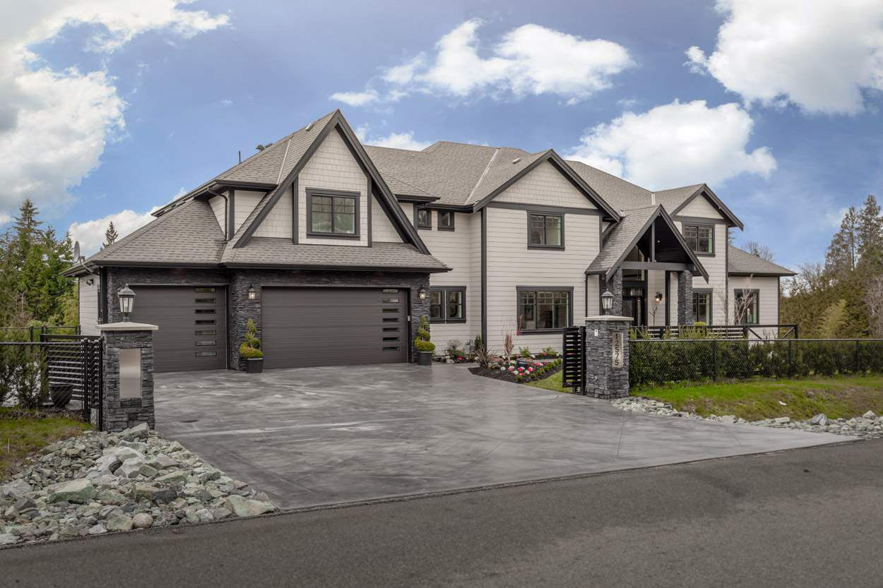 """Main Photo: 12575 263A Street in Maple Ridge: Websters Corners House for sale in """"WHISPERING FALLS"""" : MLS®# R2246432"""