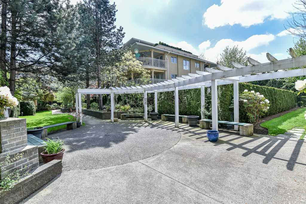 "Main Photo: 312 13733 74 Avenue in Surrey: East Newton Condo for sale in ""Knights Bridge"" : MLS®# R2333961"