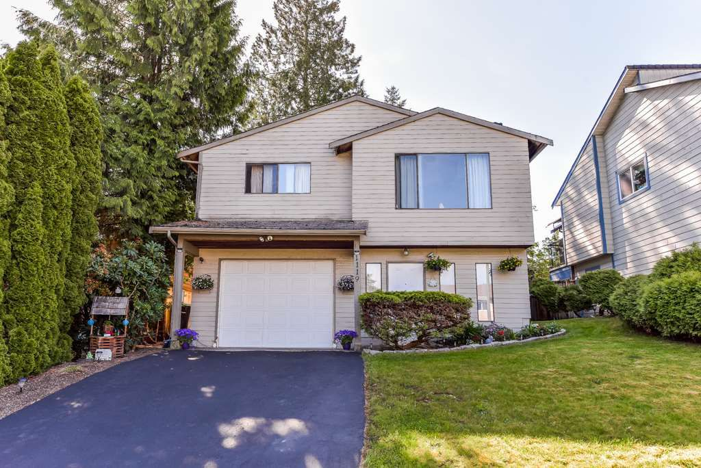 """Main Photo: 1119 HANSARD Crescent in Coquitlam: Ranch Park House for sale in """"RANCH PARK"""" : MLS®# R2368526"""