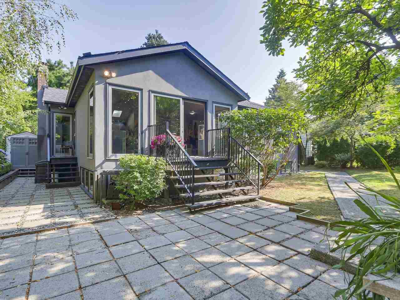 Main Photo: 1576 W 16TH Avenue in Vancouver: Shaughnessy House for sale (Vancouver West)  : MLS®# R2385449