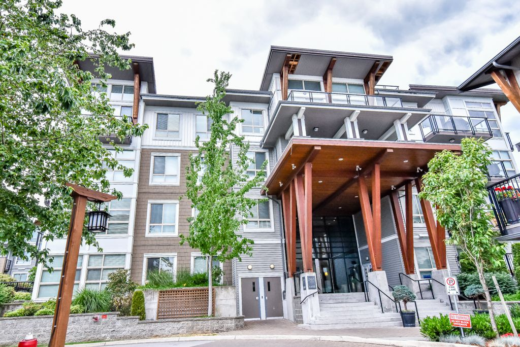 Main Photo: 213 6688 120 Street in Surrey: West Newton Condo for sale : MLS®# R2073002