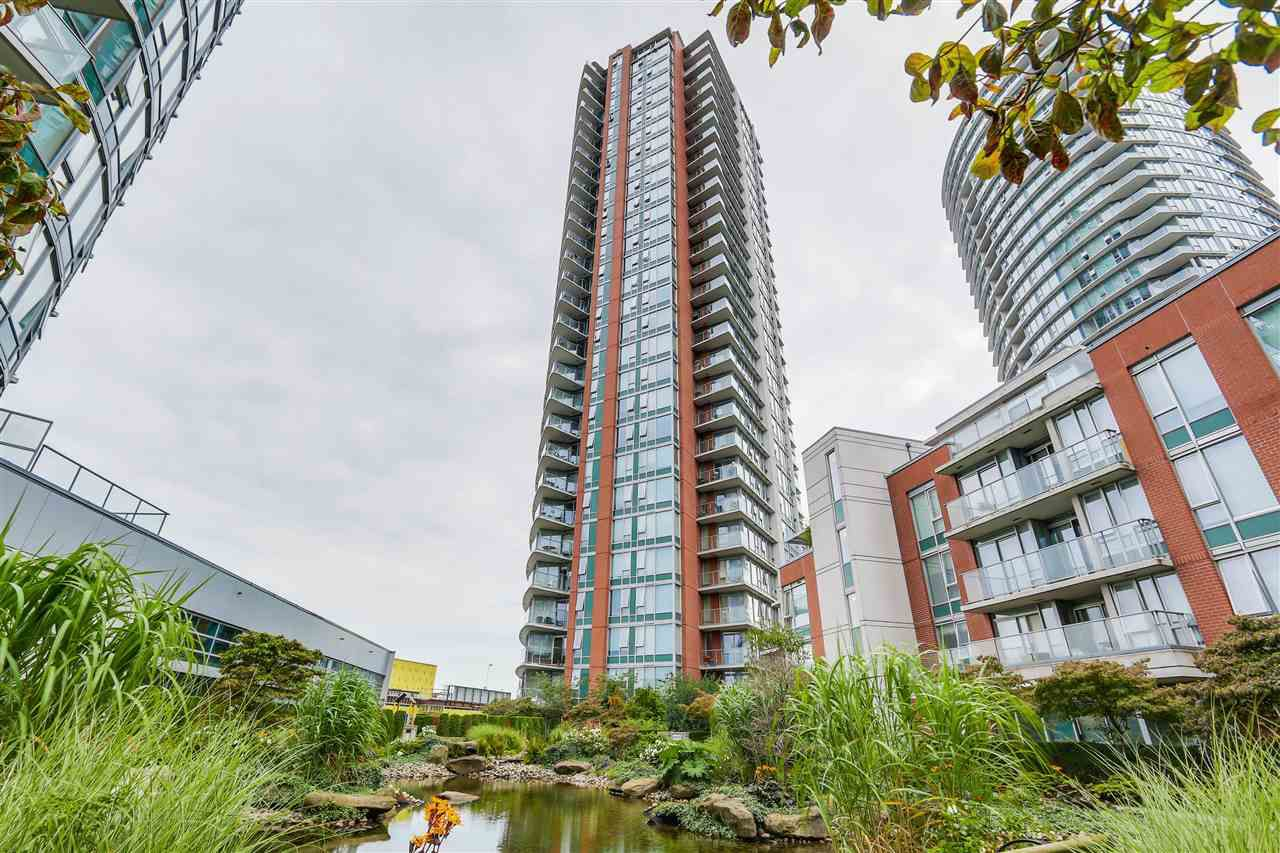 """Main Photo: 1010 688 ABBOTT Street in Vancouver: Downtown VW Condo for sale in """"FIRENZE TOWER II"""" (Vancouver West)  : MLS®# R2098083"""